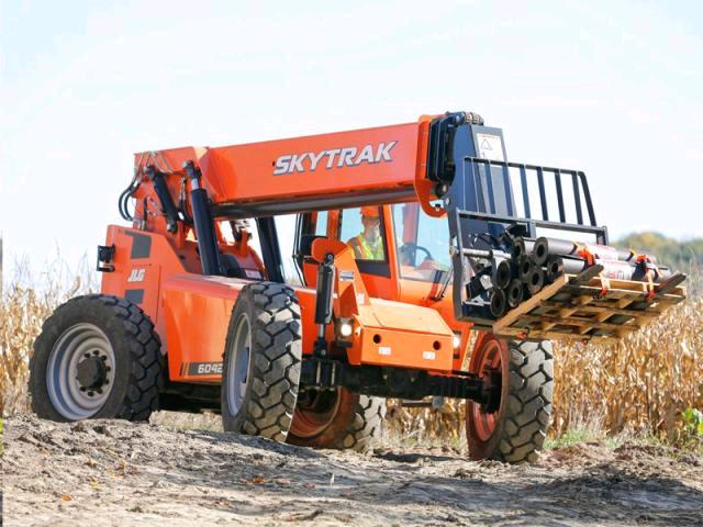 Where to find Forklift SkyTrak 6042 42 in Burnet